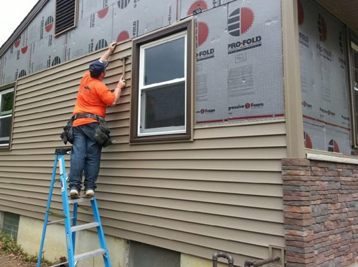 vinyl siding repair replacement and installation contractors